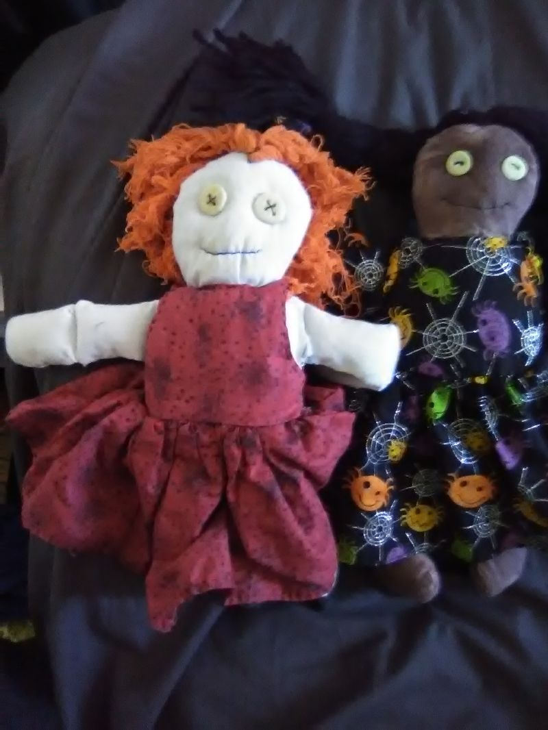 Basic-Creepy-Dolls